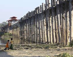 Mandalayn lähialueet ja kuuluisa U Bein Bridge f5c5ae22a6